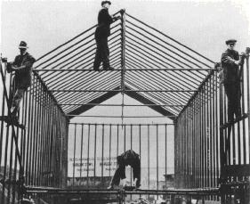 The preparation of a cage for Nessie